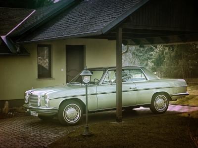 Mercedes-Benz-280-CE